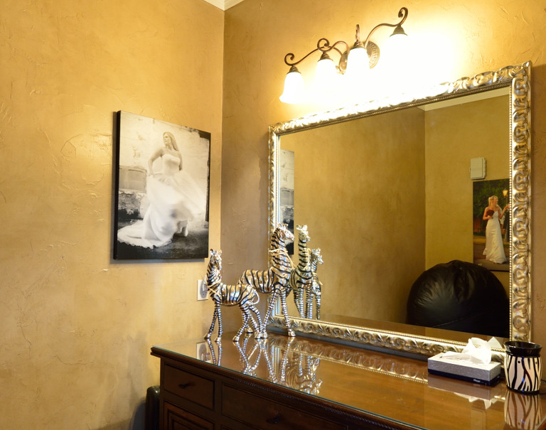 Ivey Photography Studio Midlothian Texas - Dressing Area