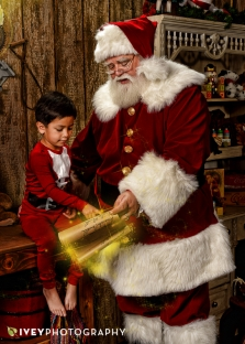 Santa's Workshop Limted Edition Portraits at Ivey Photography near Dallas, TX
