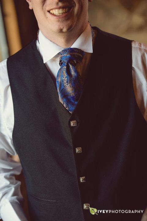 Scottish Kilt Wedding Attire for Groom Groomsmen
